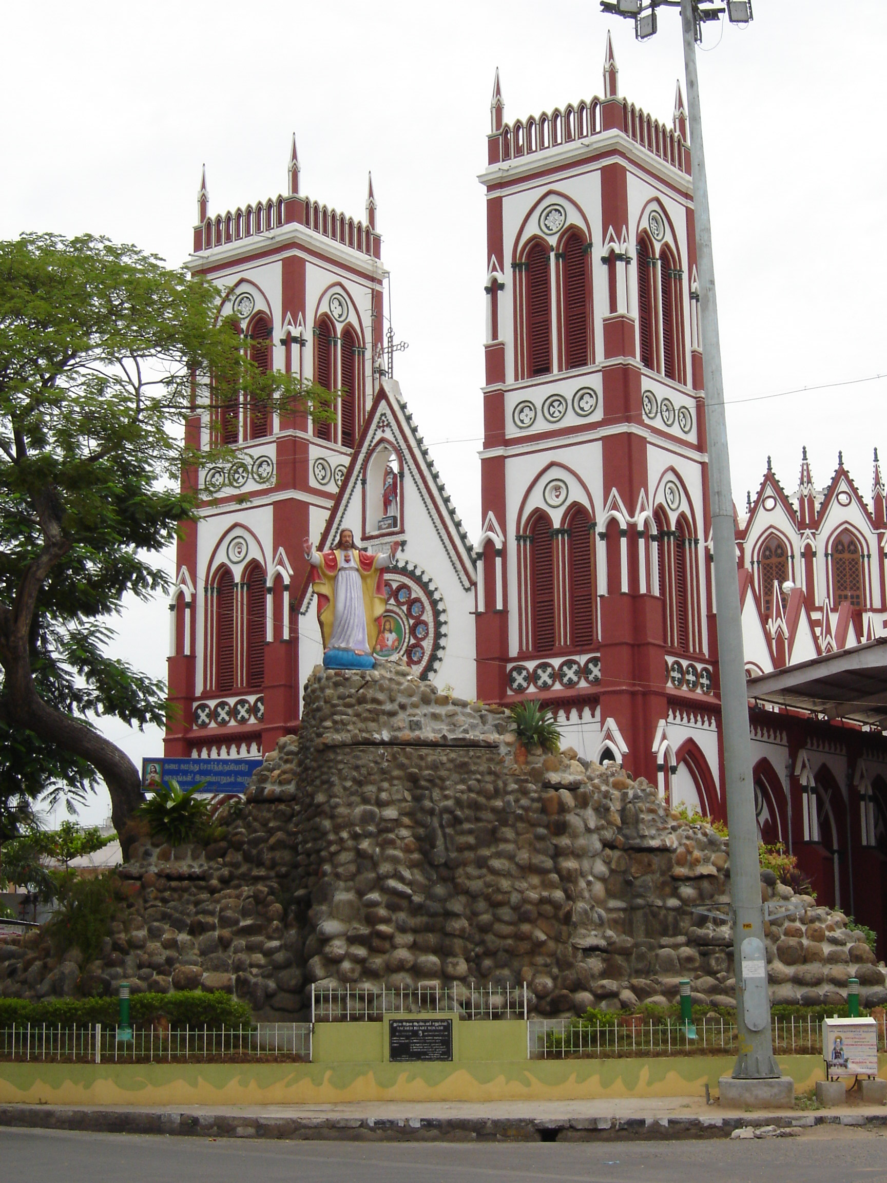 Sacred Heart Cathedral, Pondicherry